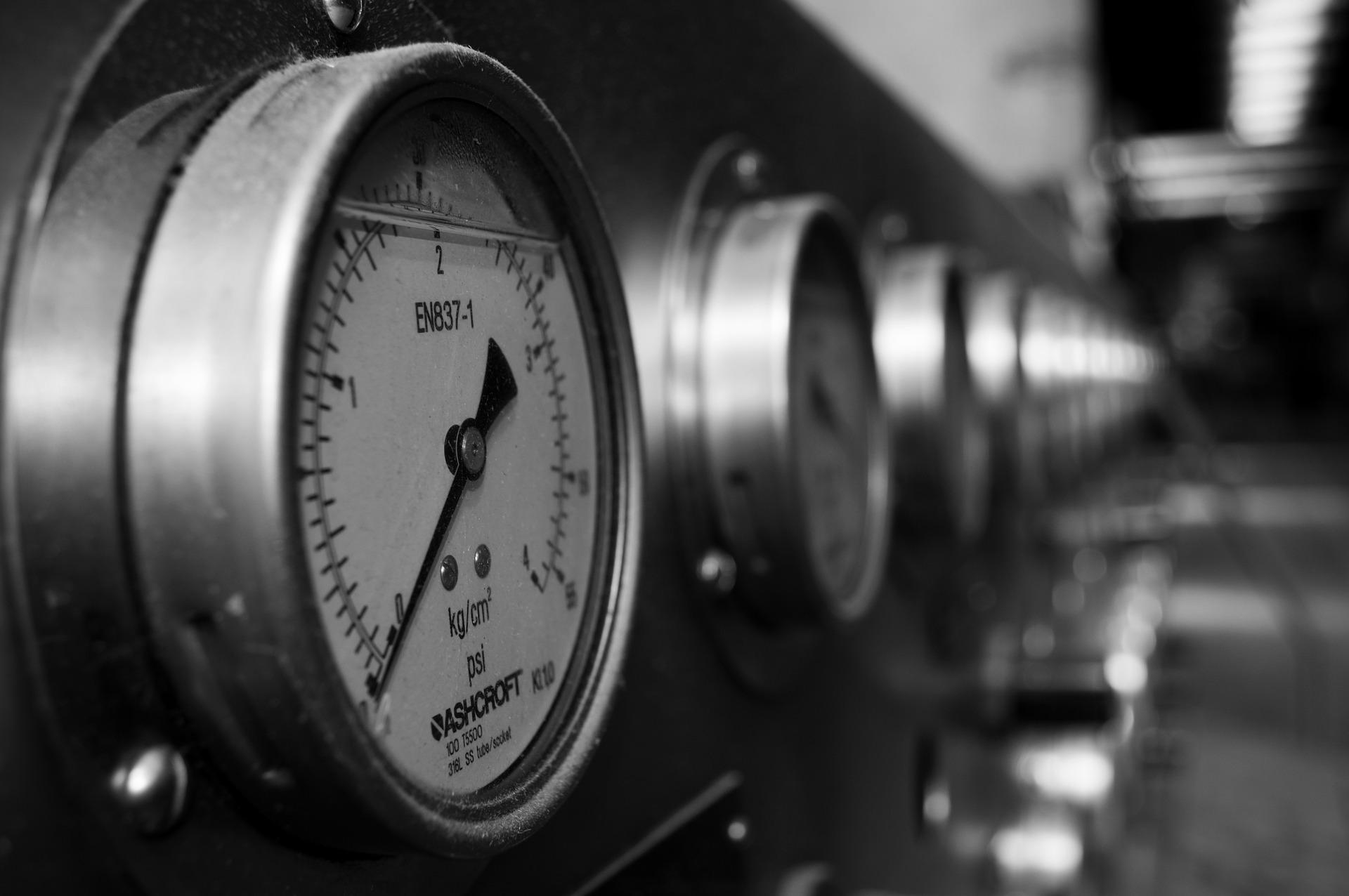 pressure-783617_1920